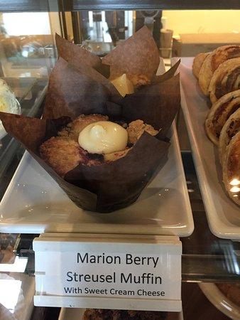 Stimulus Espresso Cafe: Marionberry streusel muffin