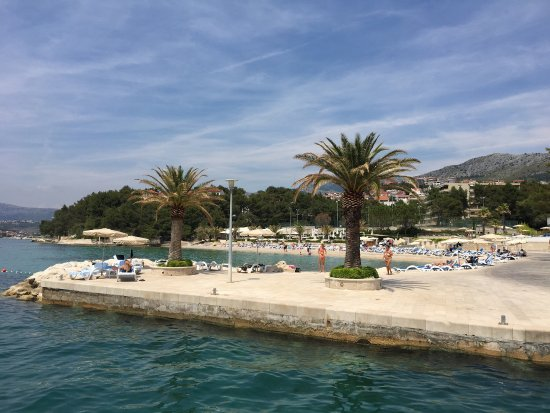 Le Meridien Lav Split: Hotel og området rundt