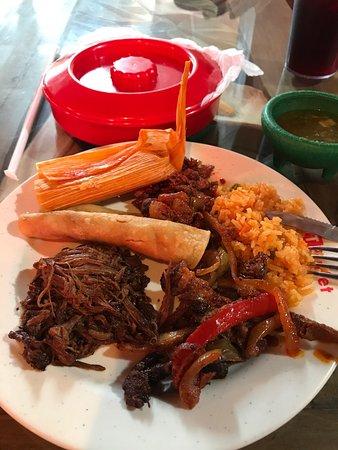 hacienda buffet grand prairie restaurant reviews photos phone rh tripadvisor com