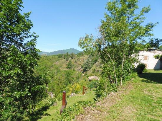 Saint-Romain-d'Ay, France: Panorama alentour du site