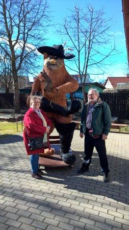 Tukums, Lettonia: Vi med mästerkatten i stövlar