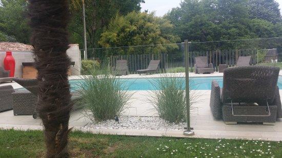 Saint-Jean-de-Blaignac, Francia: Petit pavillon  agréable  chaleureux