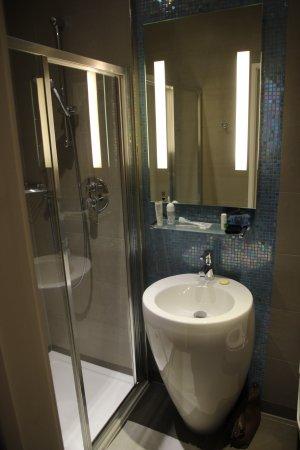 Salle d\'eau - Picture of The Belgrave, London - TripAdvisor