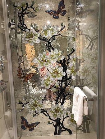Hotel Wellenberg: My amazing shower