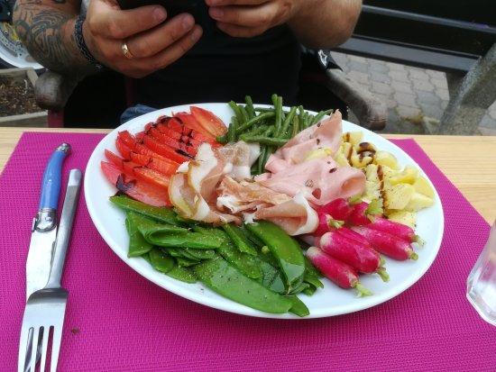 Cave Les Alpilles : Salade composée