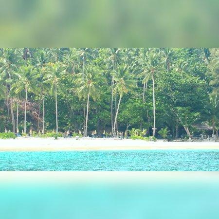 5 Star Massage : Beautiful beach