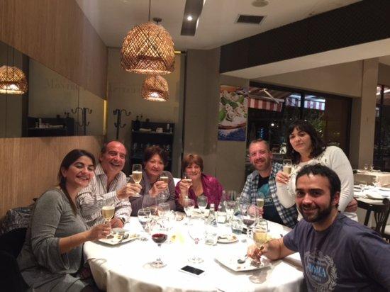 Montecatini Ristorante: Copa de Espumante invitación de la casa por el cumple.
