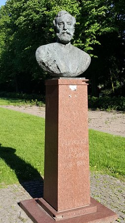 Paul Pogge Denkmal