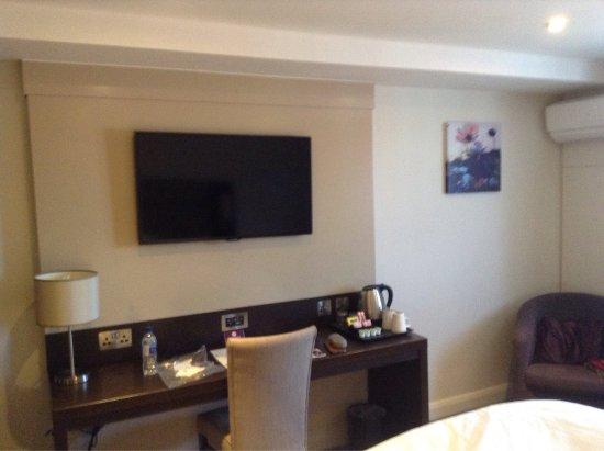 Premier Inn Chichester Hotel: photo1.jpg