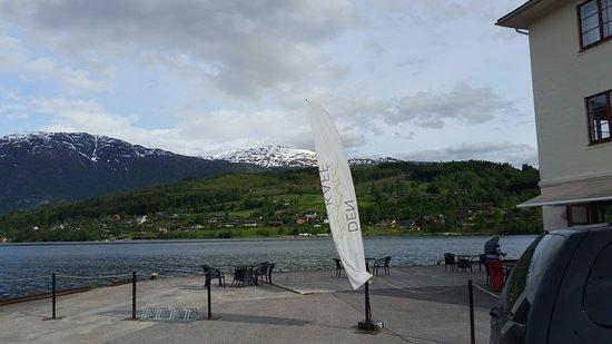 Ulvik Municipality, Norwegia: Del Grone Kafe at the ferry terminal