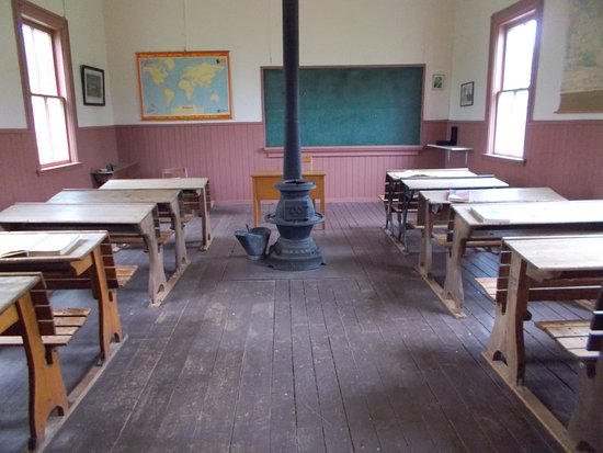 O'Leary, Canadá: Inside the Little Red Schoolhouse