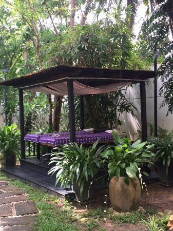 Tara Angkor Hotel: Spa ao ar livre