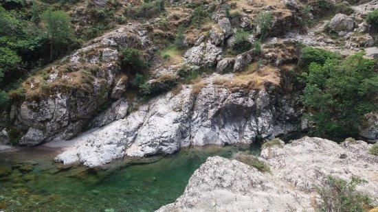 Asco, Francia: La rivière pour le rafraîchissement l'été