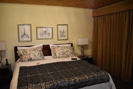 Grindelwald, Australia: Superior King Suite room.