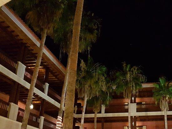 Hotel Elba Palace Golf: Unique Courtyard
