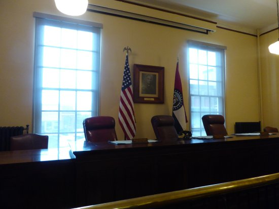 Independence, MO: Courtroom