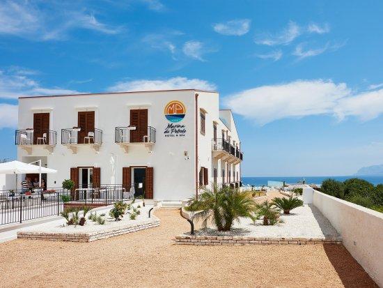 Marina di Petrolo Hotel & Spa