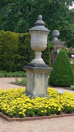Chicago Botanic Garden Statues And Art Dot The Landscape