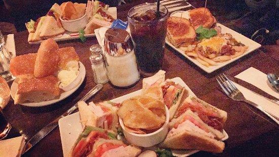 Foto de Foxy's Restaurant