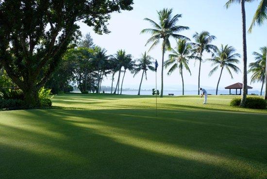 Shangri-La's Tanjung Aru Resort & Spa: Pitt & Putch