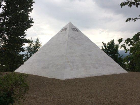 Summerhill Pyramid Winery: photo1.jpg