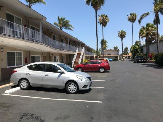 Quality Inn Chula Vista San Diego South: El estacionamiento del hotel