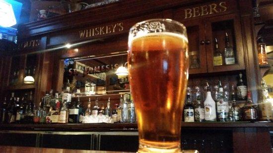 Saintt James's Gate Olde Irish Pub: 20170601_202514_large.jpg