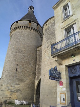 La tour du vieux port hotel libourne voir les tarifs 35 avis et 19 photos - Tour du vieux port libourne ...