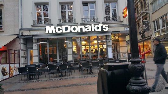 Mcdonald 39 s luxembourg city 2 rue de la poste restaurant reviews photos tripadvisor - Restaurant rue des bains luxembourg ...