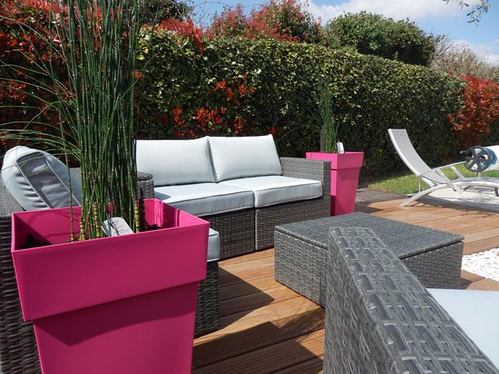 terrasse et salon de jardin photo de la rivagerie lagord tripadvisor. Black Bedroom Furniture Sets. Home Design Ideas
