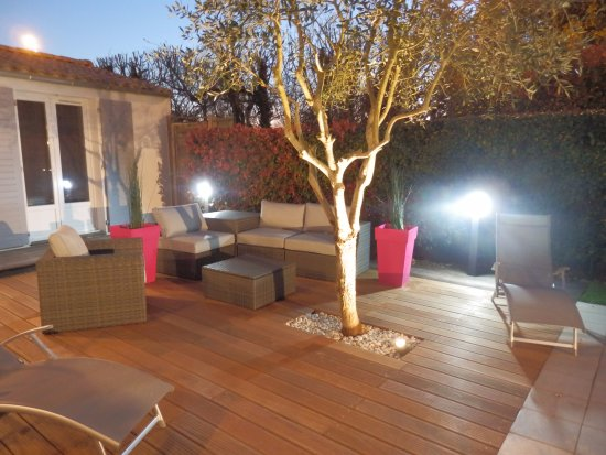 Terrasse et salon de jardin - Photo de La Rivagerie, Lagord ...