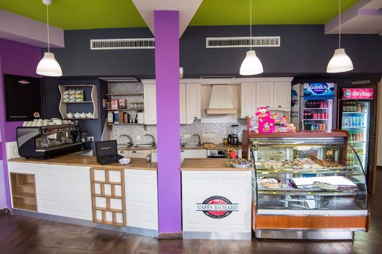 Family Bansko Coffee & Kids Club: coffee interior