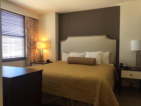 Dining And Living Room Picture Of The Grandview At Las Vegas Las Vegas Tripadvisor