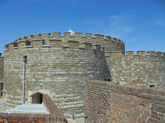 Deal Castle: Scalloped bastions