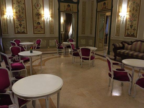 ヴィラ デル ボスコ&VdBネクスト ホテル&イベント リビング Picture