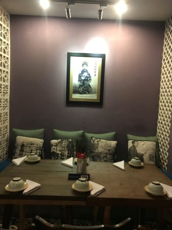 Restaurant deco - Picture of Quan Bui, Ho Chi Minh City - TripAdvisor