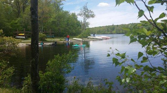 Tobyhanna, PA: Peaceful lake