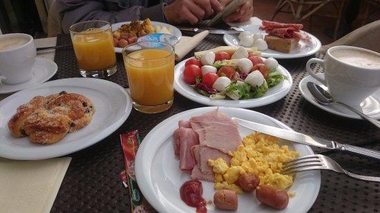 Hotel Laurus al Duomo: breakfast