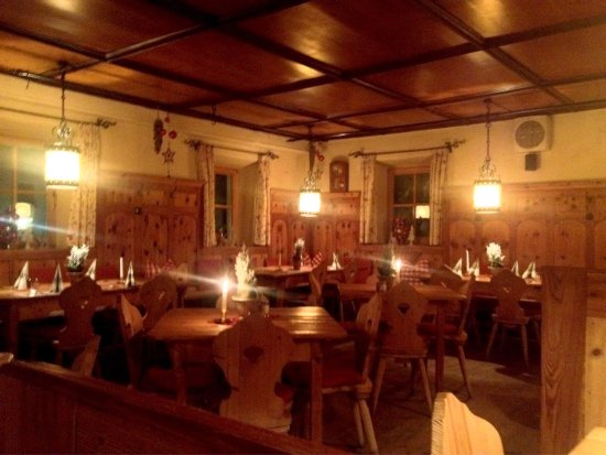 Kellerwirt: I stayed here last January 5th 2017 and had a lovely time there. Very friendly staff, Even Her K