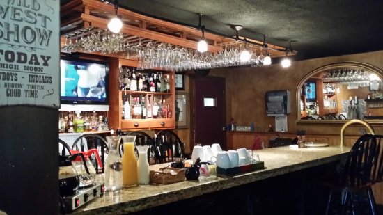 Canadensis, PA: Breakfast drinks bar is Saloon bar without the alcohol.