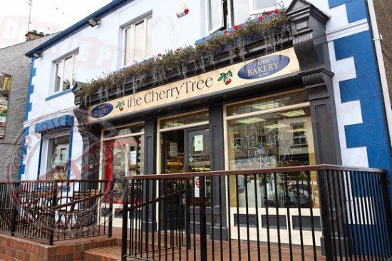 Lisnaskea, UK: The Cherrytree Bakery