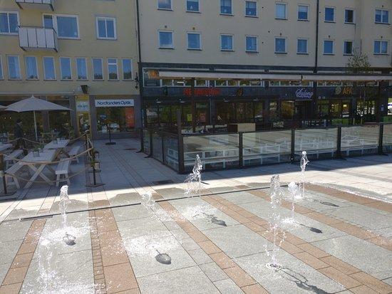 ซุนด์สวอลล์, สวีเดน: Olof Palmes torg