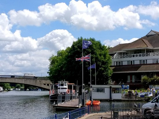 Thames Rivercruise: The dock where they currently operate from