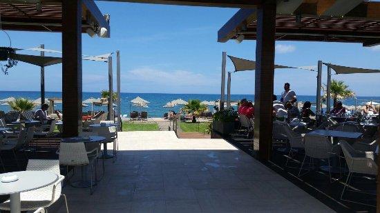Minoa Palace Resort: Toegang tot het strand