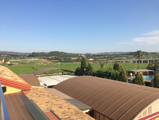 Lavern, España: Frence countryside