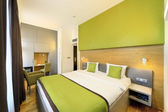 Hotel ametyst prague praag tsjechi foto 39 s reviews for Hotel galileo prague tripadvisor