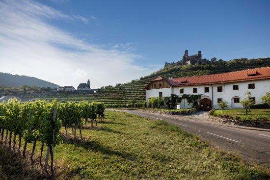Senftenberg, Austria: Restaurant/Hotel von Außen
