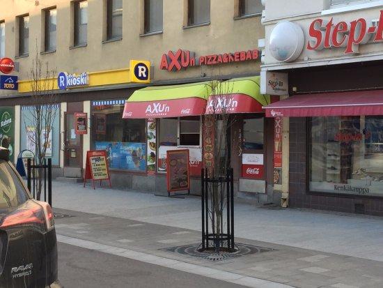 Axun Pizza & Kebab, Kajaani, F...