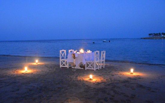 Brayka Bay Reef Resort Candle Light Dinner At The Beach