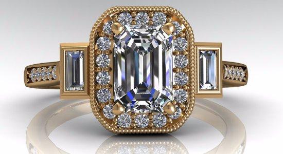 Farnham, UK: Bespoke diamond and gold engagement ring